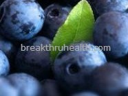keep your skin looking youthful with berries